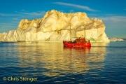 IJsberg in middernachtzon-Iceberg in midnightsun