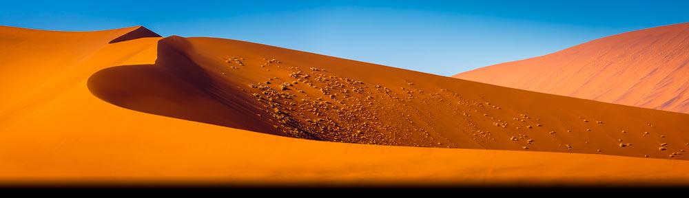Landschappen in Afrika: zandduinen in de Namib woestijn in de buurt van Sesriem - Landscapes in Africa: sand dunes in the Namib desert in the vicinity of Sesriem
