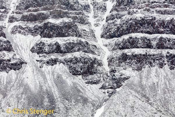 De eerste dagen dat we in Qeqertarsuaq waren sneeuwde het regelmatig waardoor de bergen in de omgeving bedekt werden met verse sneeuw.