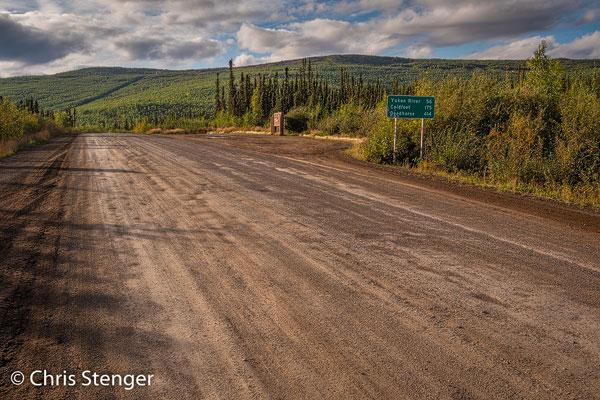 De Dalton Highway is grotendeels onverhard maar is goed onderhouden en daardoor goed te berijden