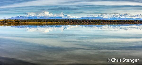 Het Wrangell gebergte in het oosten van Alaska bestaat grotendeels uit actieve vulkanen