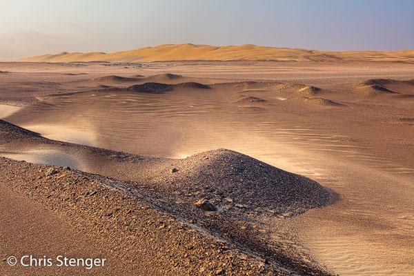 Lage heuvels van zand en rotsen domineren het landschap rond Terrace Bay. Ik ben altijd eindeloos bezig om in dit soort landschappen een fraaie compositie te realiseren.