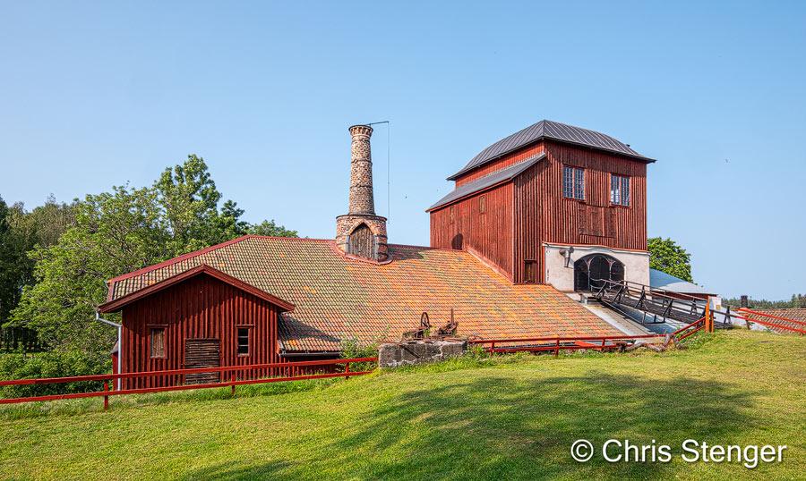 Pershyttan is één van de best bewaarde historische hoogovens in Zweden. Tot in de 20e eeuw werd hier ijzererts opgewerkt tot ruw staal